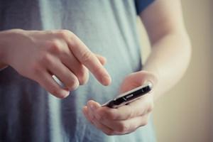 Hent kun apps officielle steder, og vær særligt opmærksom, inden du tilgår et åbent netværk
