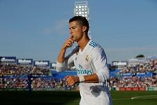 Det er ikke godt nok at vinde prisen som verdens bedste fodboldspiller fem gange, siger Cristiano Ronaldo