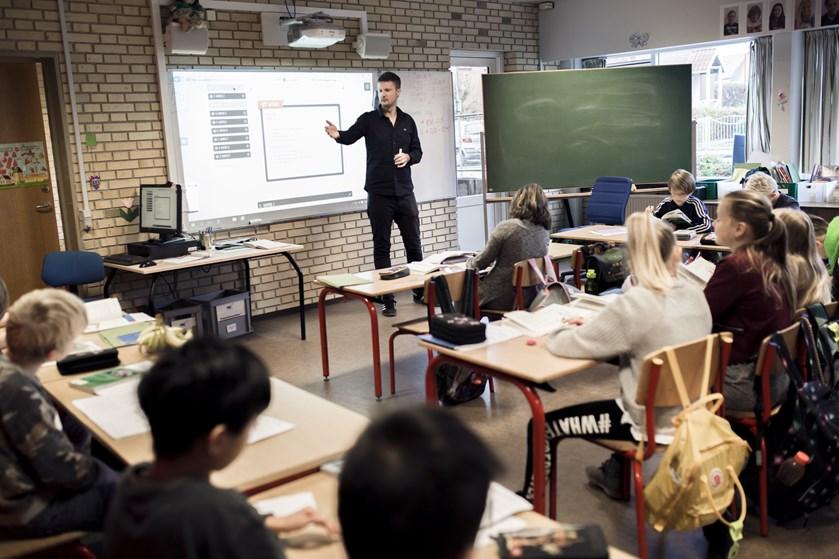 Danske skoleelever er klædt bedst på, når det handler om at forstå politik, demokrati og samfundsforhold