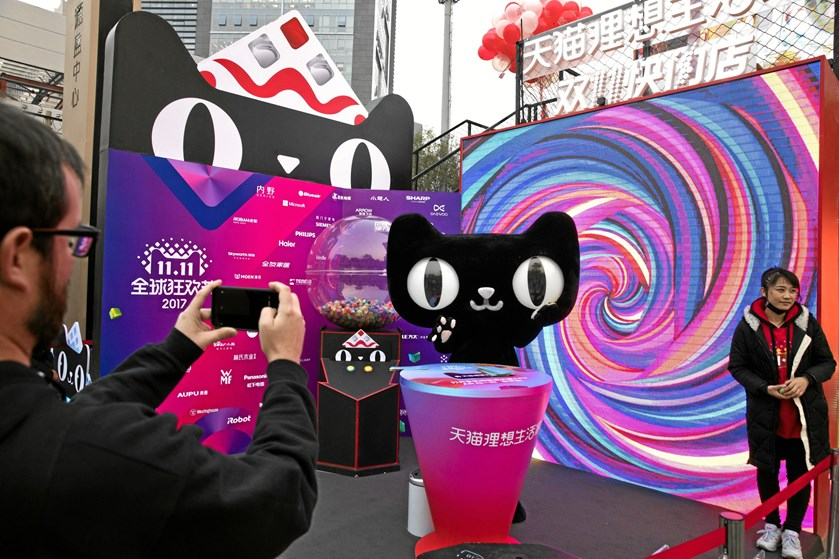 På Singles' Day ventes kinesiske forbrugere at slå rekorden på 113 milliarder kroner på e-platformen Alibaba.
