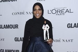 Den kvindelige fægter Ibtihaj Muhammad har inspireret Mattel til at lave en Barbie-dukke med hijab