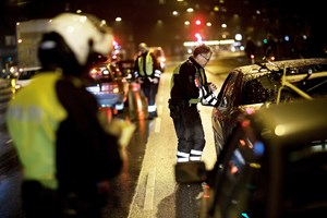 EU overvejer en fælles grænse for alkoholpromillen på 0,0 for nye bilister. Danske politikere er skeptiske