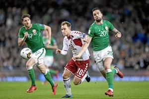 Christian Eriksen forvandlede de irske VM-drømme til et mareridt, skriver irske medier i nederlagets stund.