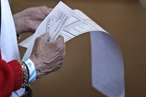 Politikere får flere stemmer, hvis de står øverst på stemmesedlen til kommunalvalget, viser ny forskning