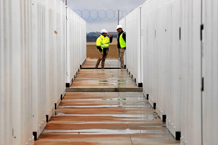 Delstaten South Australia er plaget af strømsvigt, og det skal et stort batteri fra Tesla nu afhjælpe.