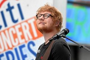 Ed Sheeran er den suverænt mest spillede artist på Spotify i Danmark dette år, afslører streamingtjenesten.