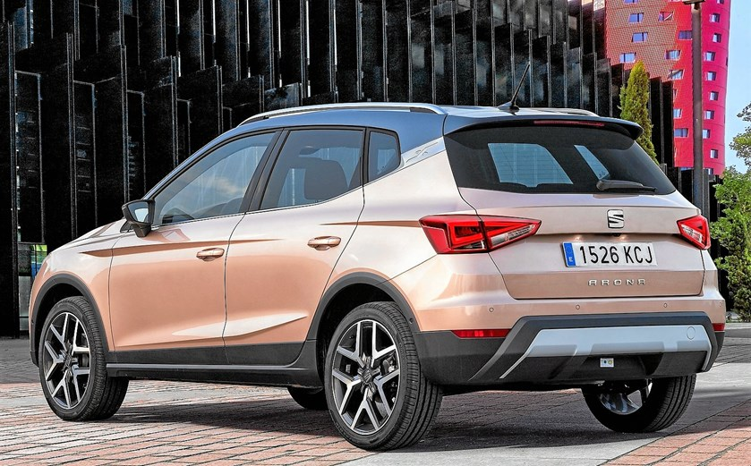 Seat Arona introduceres hos forhandlere i weekenden 6. og 7. januar til priser fra 170.000 kr. for en 1,0 liters version med 95 hk motor