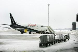 Forbrugerrådet Tænk opfordrer alle, der er forsinket på flyrejsen af snevejret, til at søge kompensation.