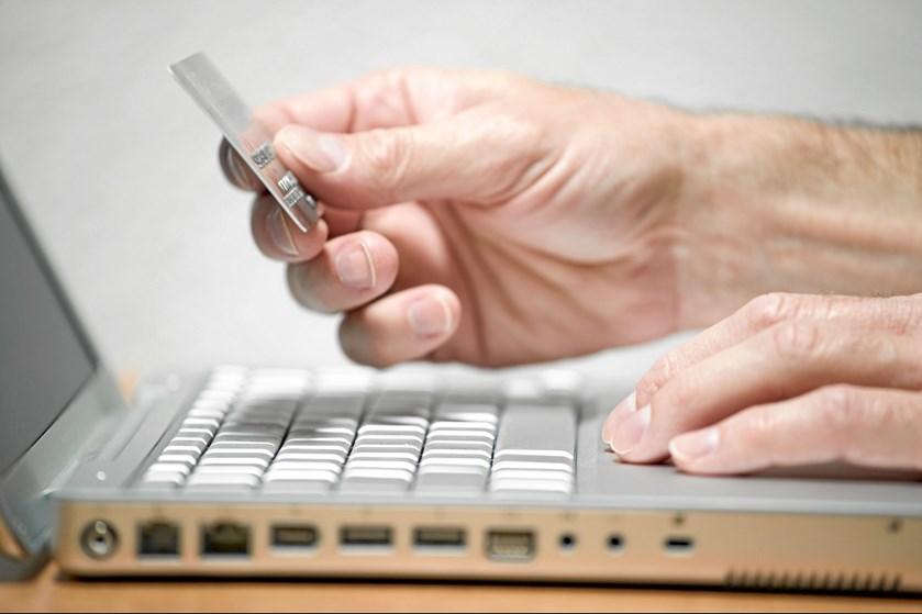 Selv om politiet, e-mærket og DK Hostmaster knokler for at gøre e-handlen herhjemme mere sikker, så kan de kun kontrollere og lukke de danske domæner.