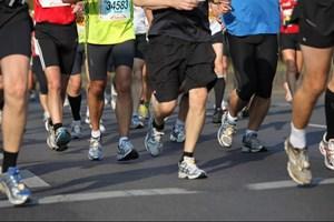 Det gælder om at vide, hvordan man skal gå frem, hvis nytårsforsættet om mere motion ikke skal ende med skader i februar