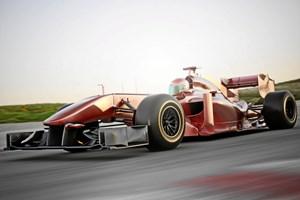 Chase Carey, Formel 1-chef, er meget interesseret i at få København på løbskalenderen. Regeringen bakker op.