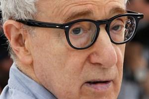 Gammel sag omkring filminstruktør er taget op igen, efter at Hollywood er blevet præget af MeToo -bevægelsen.