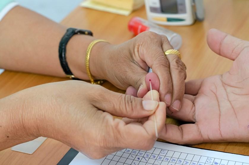 Diabetes-patienter skal behandle sig selv. Det giver overskud til at fokusere på de problemer, patienterne tumler mest med. Det er formålet med en ny arbejdsmetode på Steno Diabetes Center Nordjylland