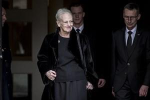 Knap en uge efter prins Henriks bisættelse rejser dronningen på sin traditionelle vinterferie i udlandet.