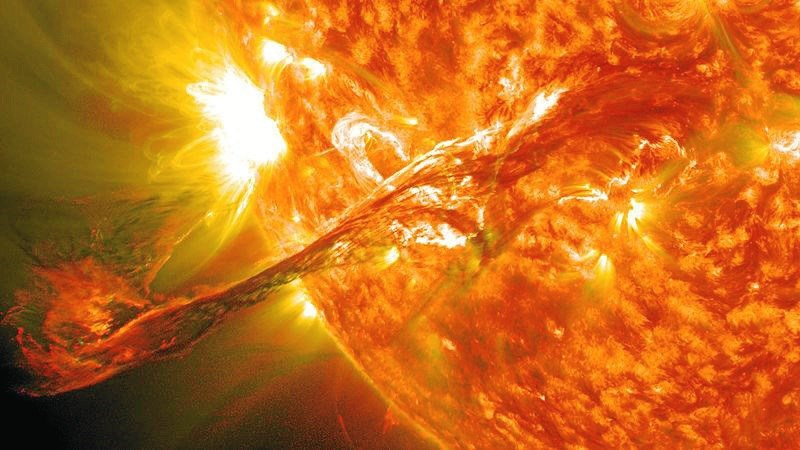 solstorm malede vikingers himmel blodrød