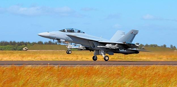 INDLAND: Boeing vil stævne den danske stat, efter at den amerikanske flyproducent blev vraget som producent af Danmarks nye kampfly.