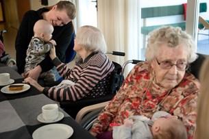 Babyer på plejehjem