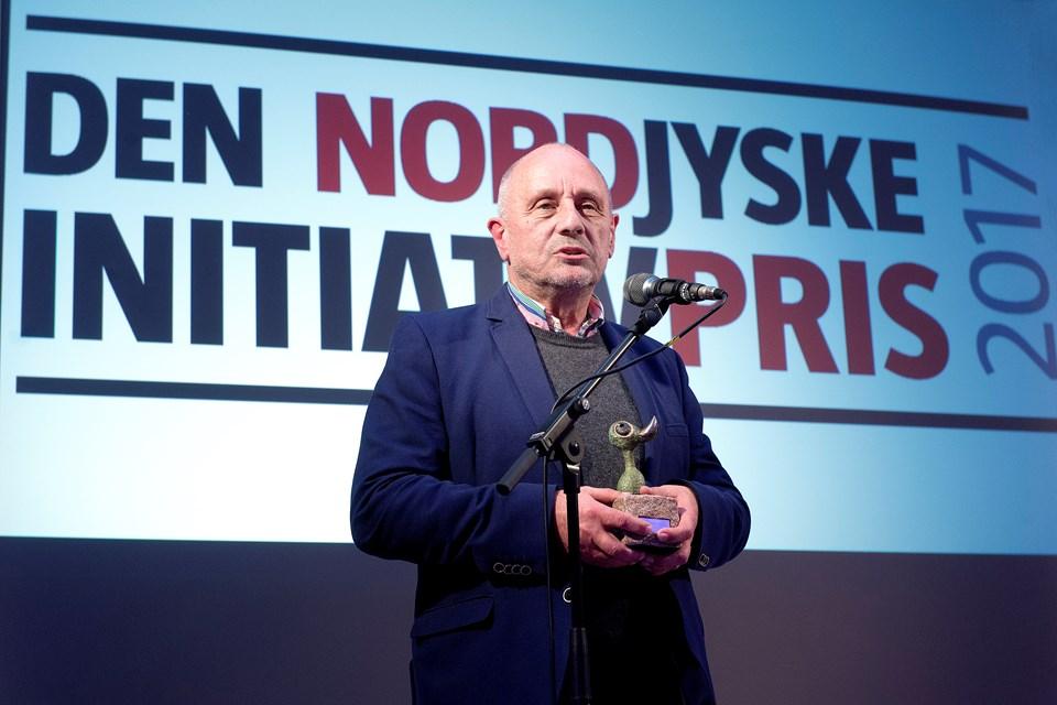 Jes Dige modtog Den NORDJYSKE Initiativpris på vegne af foreningen Skyggebørn. Foto: Torben Hansen