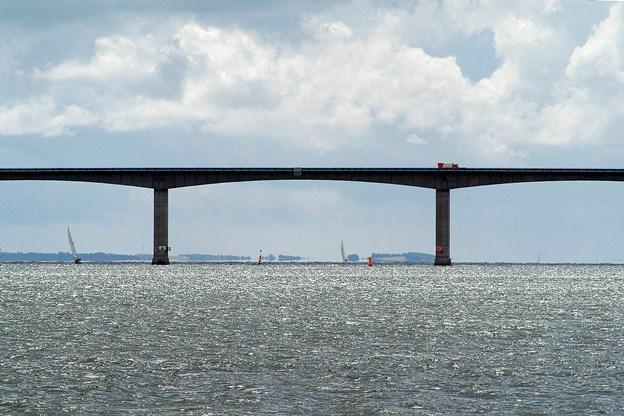Buschauffør: Broen synker!