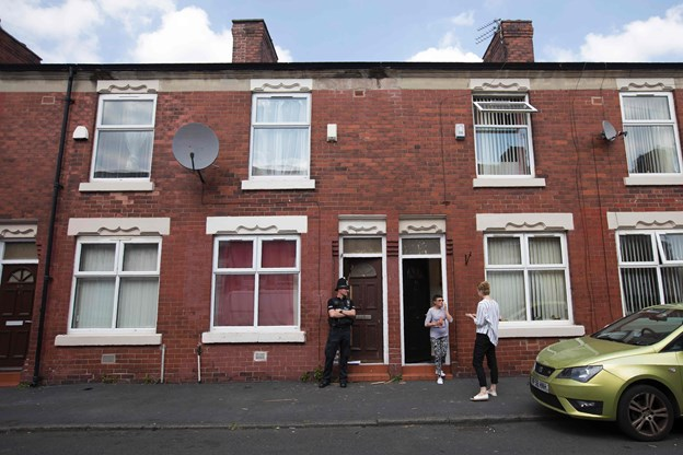 Politiet anholder endnu en mand efter Manchester-bombe