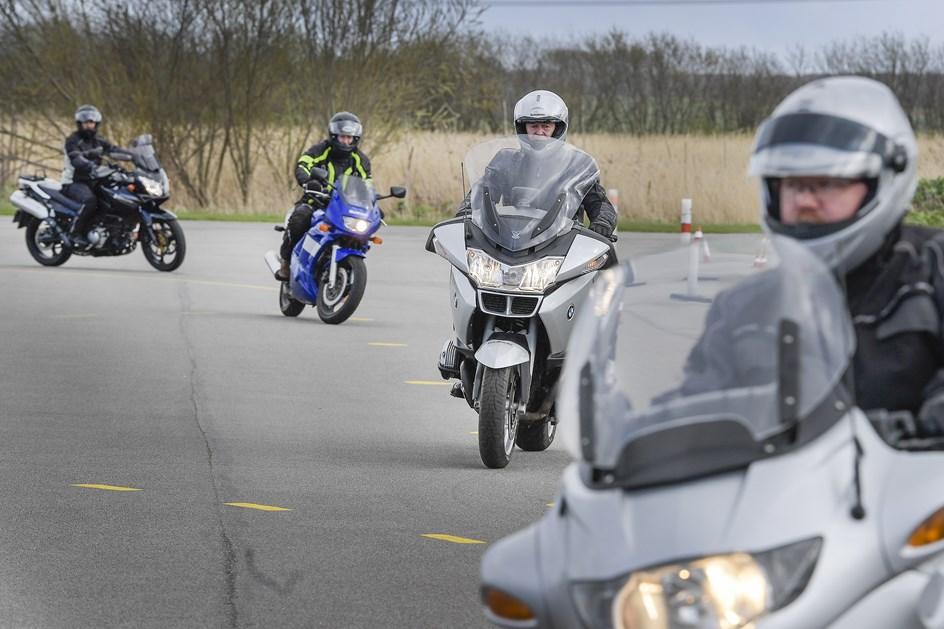 Flere bliver slået ihjel på motorcykel