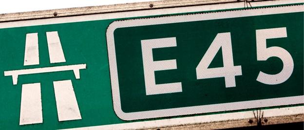 Uheld på motorvej E45