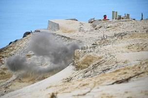 Se video: Gammel granat sprænges væk