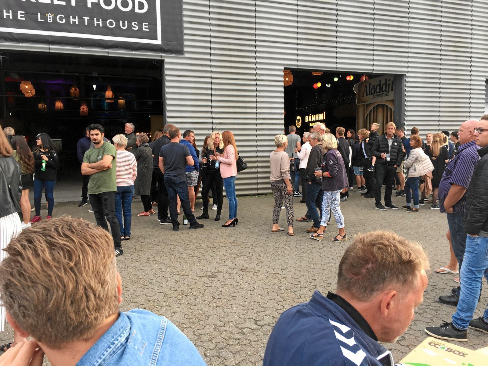 Madgæster på Aalborg Street Food - The Lighthouse kom hurtigt ud, da alarmen lød fredag aften