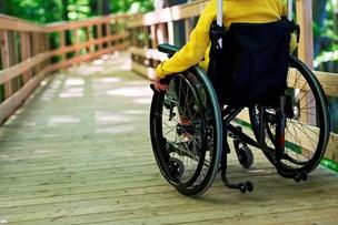 Politikere vil have færre fejl i handicapsager