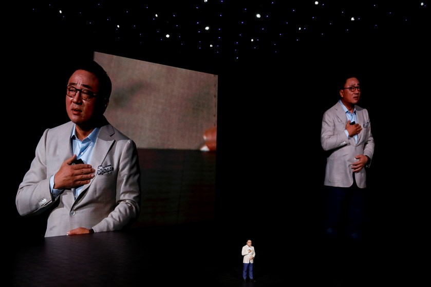 Forgængerens eksploderende batterier kommer ikke til at stå i vejen for Samsungs nye telefon, mener mobilekspert