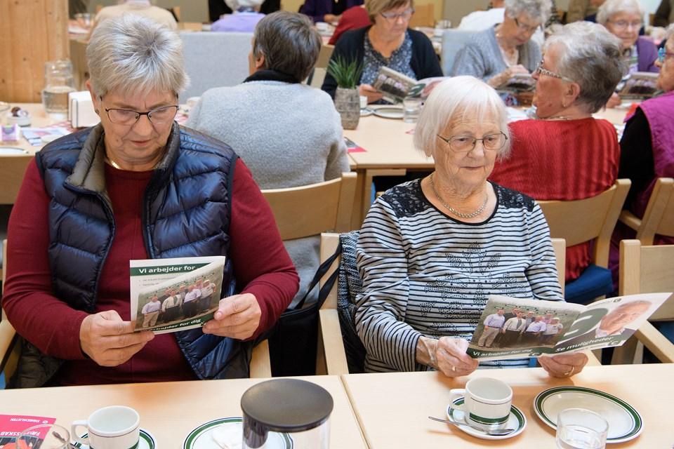 Fem ældreorganisationer i Skagen havde indbudt til møde om de ældres forhold.  Foto: Peter Broen