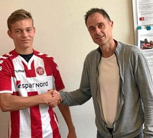 Mathias udlever sin fodbolddrøm