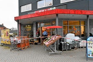 Knivoverfald på købmand: 20-årig i grundlovsforhør