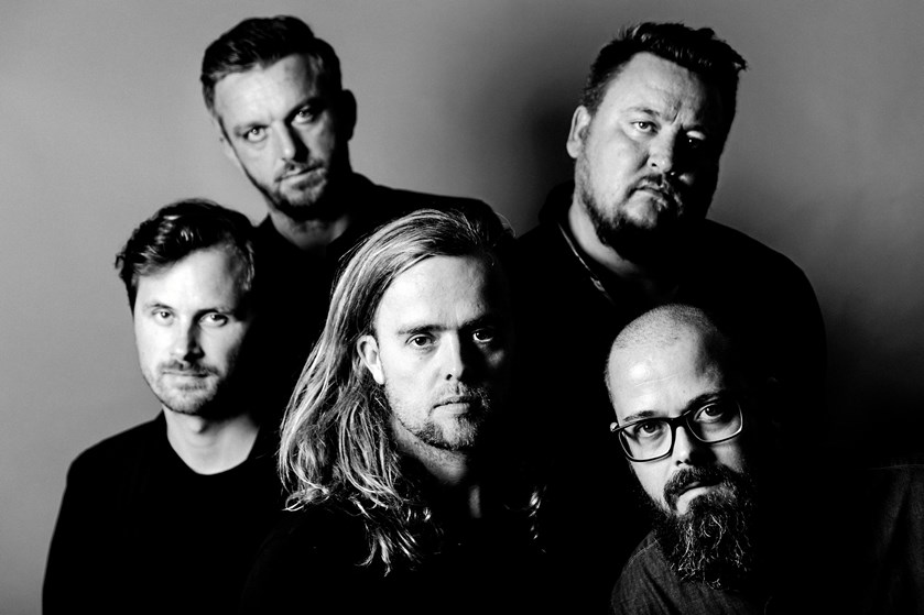 Danske Veto er tilbage efter en længere pladepause, hvor gruppen nu har taget alt ansvaret på egne skuldre.