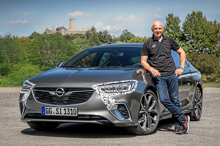 GSi versionen af den nye Opel Insignia er på en omgang på Nürburgring op til 12 sekunder hurtigere end OPC udgaven af forgængeren