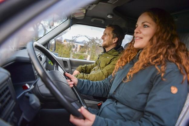 Mette og Morten er på vej ud på deres livs eventyr i bilen Turtle.