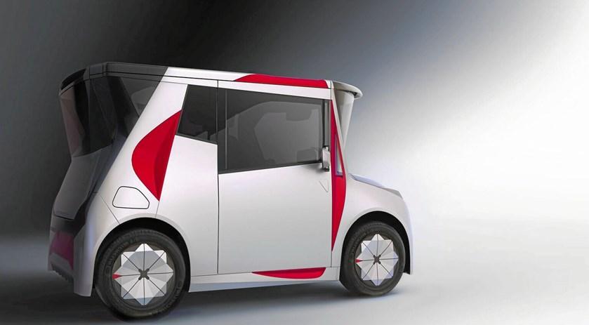 Den tidligere BMW-designer Chris Bangle bag opsigtsvækkende elektrisk bybil