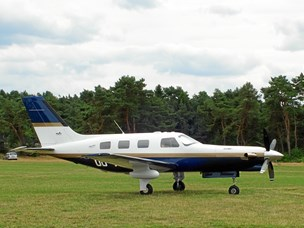 Ikke første gang: Fly har tidligere nødlandet med fejl i landingsstel