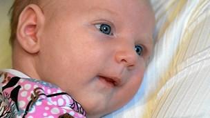 Luna født uden alvorlig arv: I varmeskab og frosset ned til 196 grader