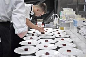 Drama i kulissen sender Aalborg-restauranter videre