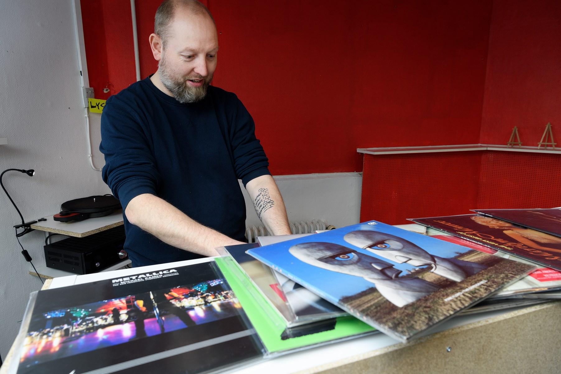 Bo Larsen har travlt - og glæder sig vildt til mandag, hvor han åbner The Vinyl Road.