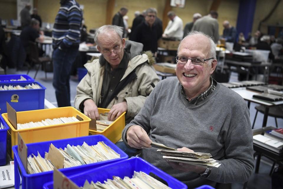 Frimærkebyttedag i Løvvanghallen lørdag. Foto: Mette Nielsen