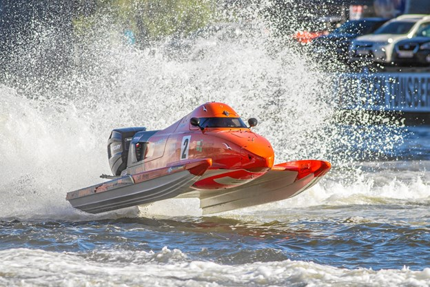 Racerbådene oser langt væk af voldsom power, og den maksimale hastighed er ca. 200 kilometer i timen. Foto: Kristian Vabo