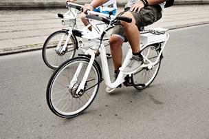 Nye elcykler er lynhurtige - og sindssygt farlige