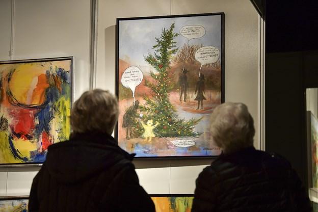 Berømt skævt juletræ er blevet til et maleri