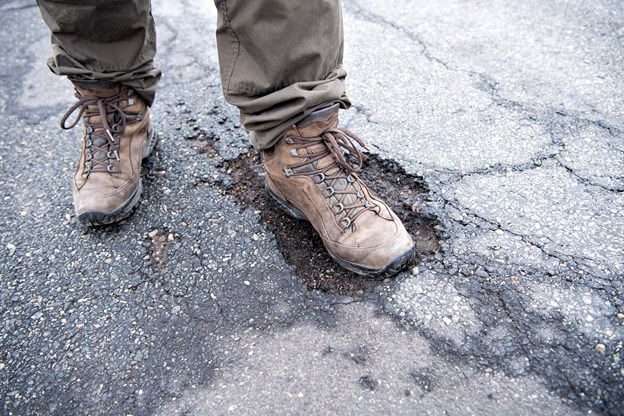 Gjøl er gennemhullet: Bills bil blev smadret