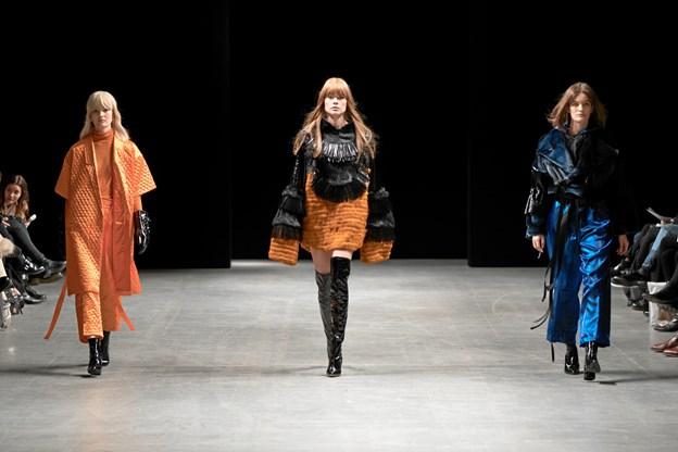 Populært afgangsprojekt: Nu bliver Kirstine opsøgt af kendte modebloggere