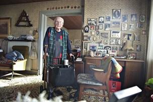 98 år og for frisk til plejehjem: Fru Nille savner selskab