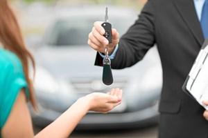 Der er en række forskellige måder at finansiere dit bilkøb på. Læs her, hvilke muligheder der kan være til din fordel.