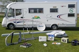 Hastighedsgrænsen for campingbiler sættes op til 100 kilometer i timen på motorveje og 80 på andre veje.